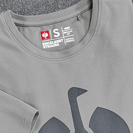 Överdelar: T-Shirt  e.s.concrete + pärlgrå 2