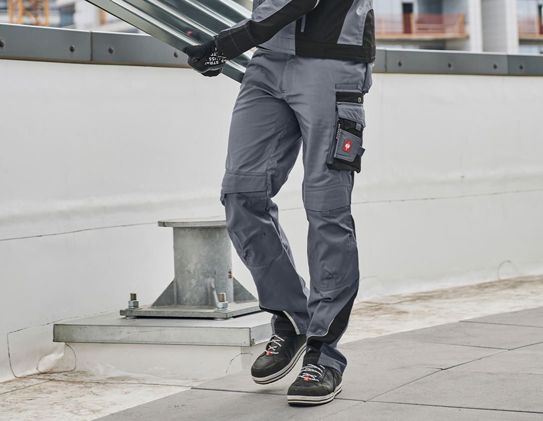 Arbetsbyxor: Midjebyxa e.s.motion + grå/svart