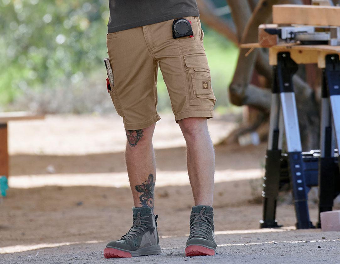 Arbetsbyxor: Shorts e.s.motion ten + askbrun