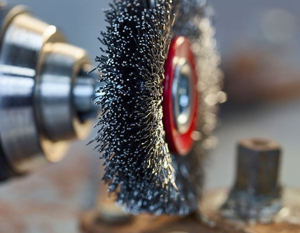 Sanding tools: Wire Wheel Brush with arbor 2